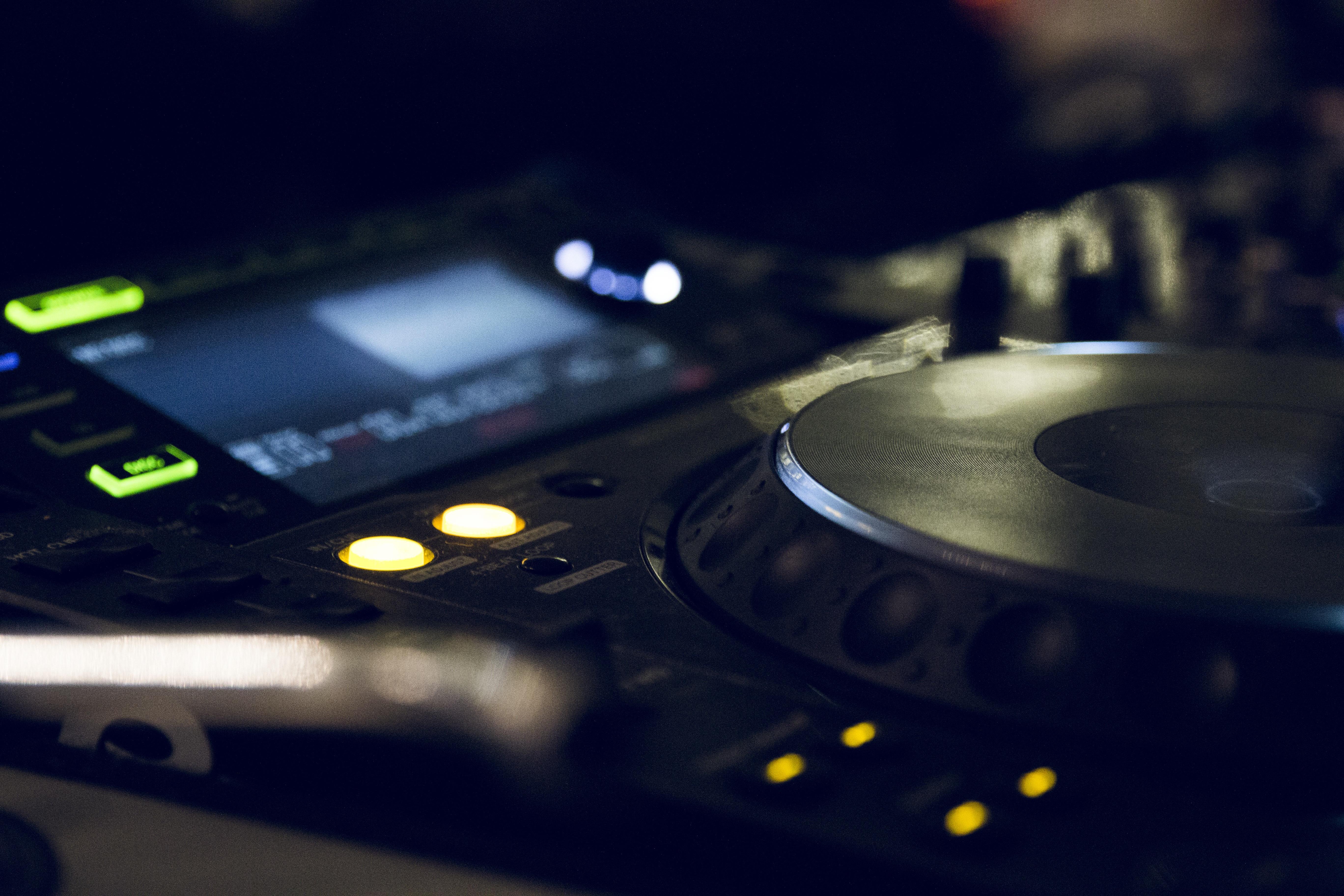 elektronicka-glazba